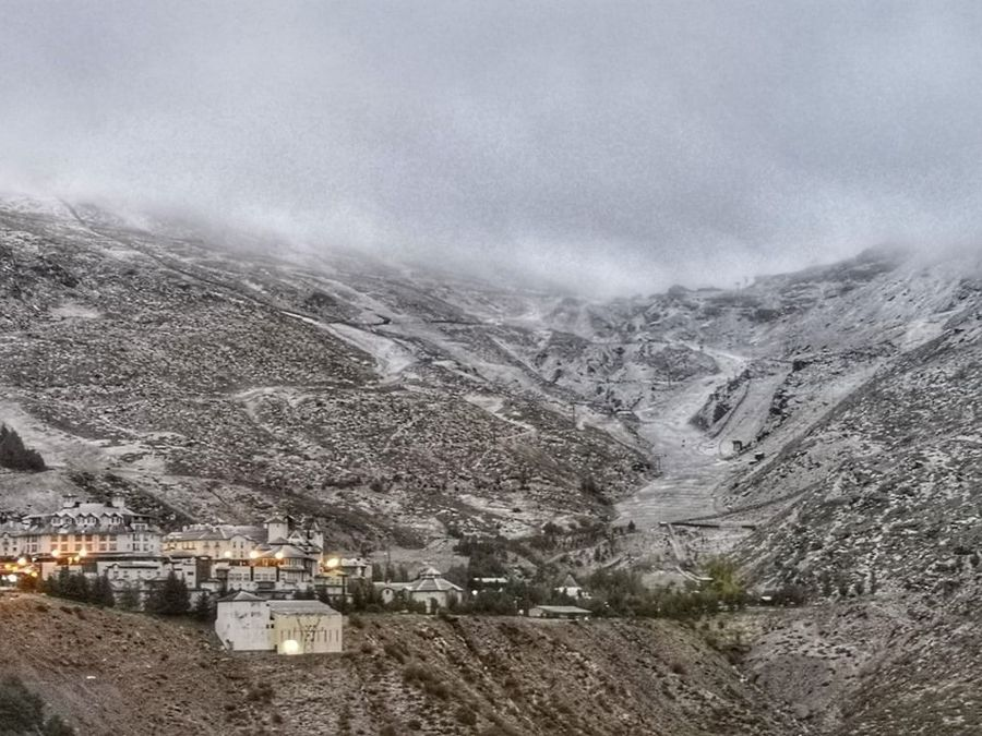 Sierra nevada nieve octubre