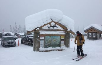 Mt Baker alcanza los 6 metros de nieve acumulada