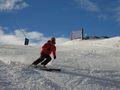 Esquiando por la pista Tosa vermella
