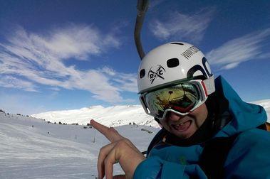 Tour estaciones Andorra y Cataluña (grupo FGC,cortesía Solo Nieve)