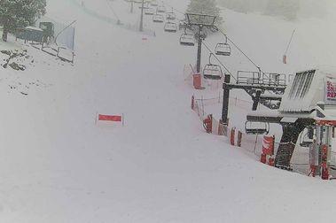 La nevada llega a La Molina y permite abrir más pistas de esquí