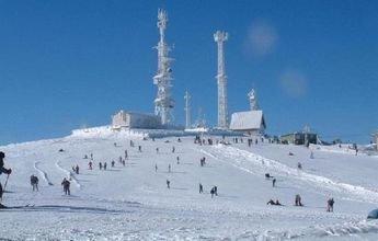 Manzaneda recibe un aluvión de ofertas para colocar la nieve artificial