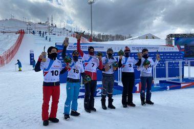 Nueva hazaña de Álvaro Romero con su bronce en los Mundiales Junior de SBX en Krasnoyarsk