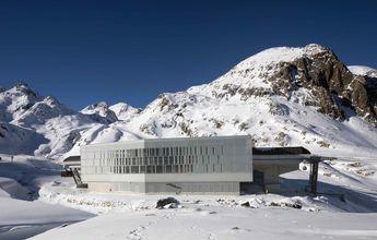 ¿Cuándo abren los glaciares de los Alpes y Noruega para esquiar en verano?