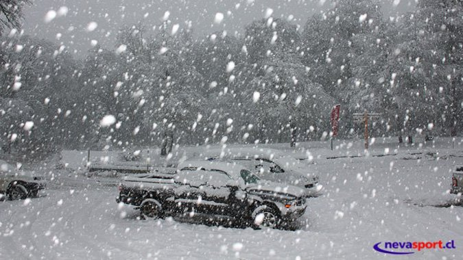 Próximas nevadas permitirían abrir a centros de ski del sur