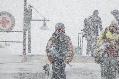Squaw Valley acumula ya más de 18 mts. de nieve