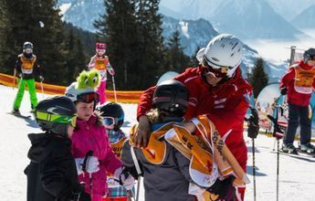 Demanda a Austria por discriminar profesores de esquí extranjeros