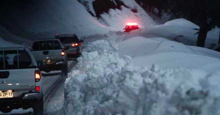 Nieve provocó gran congestión en sector Nevados de Chillán - Las Trancas