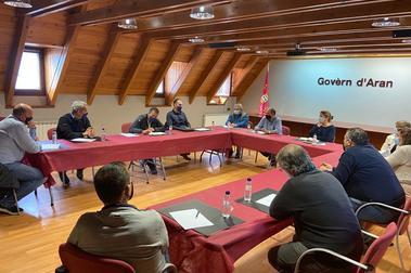 Reunión entre la Val d'Aran y Baqueira para gestionar el COVID en la temporada de esquí