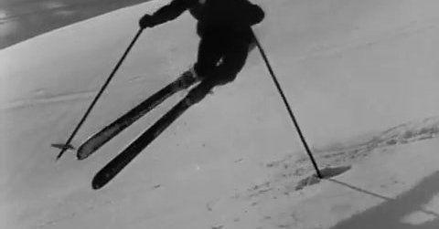 Los primeros esquiadores modernos grabados en movimiento