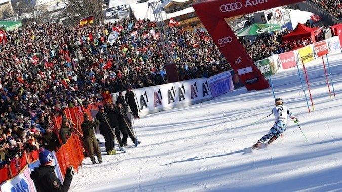 Hirscher gana el Slalom de Kitzbuhel y aumenta su ventaja