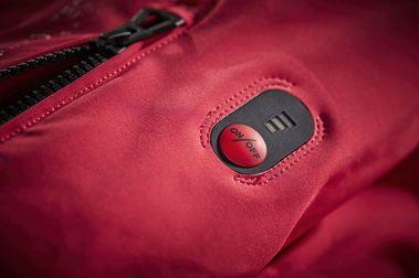Paradise Heat Jacket de Helly Hansen: La chaqueta que se calienta con un botón