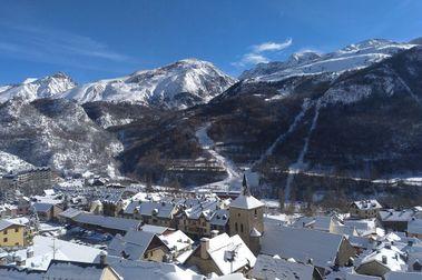 Panticosa abre mañana viernes su temporada de esquí