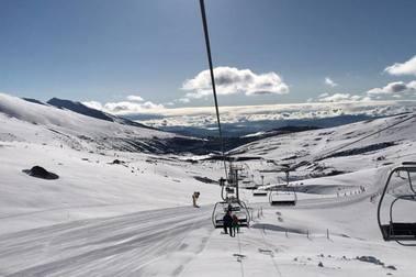 Alto Campoo aguantará su campaña de esquí hasta el Puente de mayo