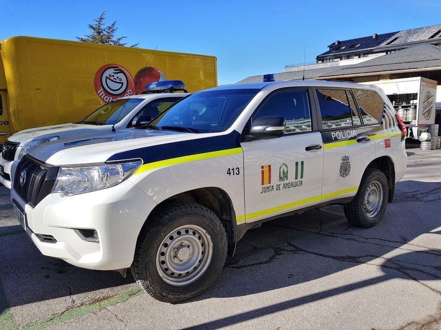 Vehículo Policia autonómica de Sierra Nevada