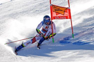 Marco Odermatt se lleva el Gigante de Soelden que abre la Copa del Mundo de esquí alpino