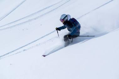 Aprender a esquiar en nieve polvo