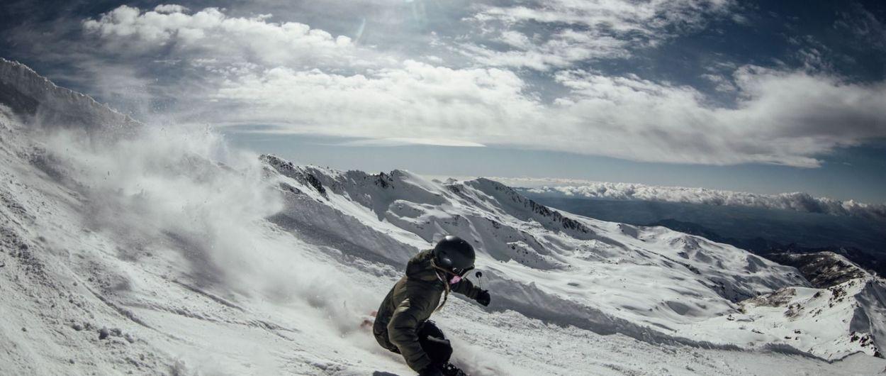Sierra Nevada abre todas sus zonas esquiables y sus servicios en pista