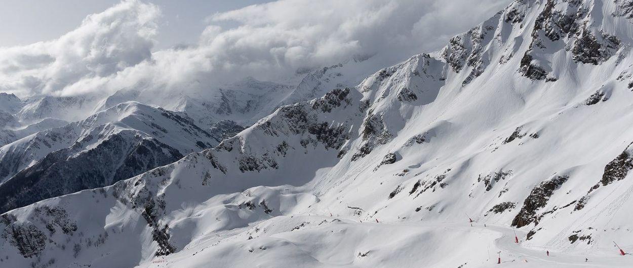 Esquiando en Luchon-Superbagnères. Abril 2016