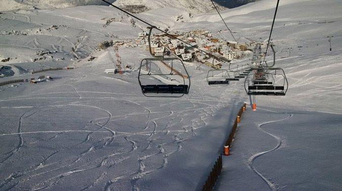 Centros de ski podrían adelantar el comienzo de la temporada