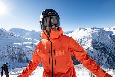 Nueva chaqueta de esquí Helly Hansen Elevation Infinity 2.0 Jacket con Aurelien Ducroz