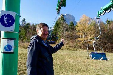 Una estación de esquí en Francia pide dinero para reparar su telesilla