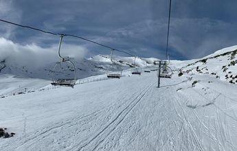 Exito de afluencia en Alto Campoo en la apertura de su temporada de esquí
