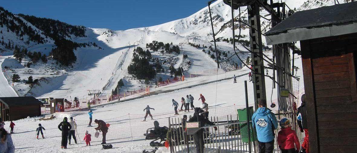 Les estacions d'esquí gironines tancaran una de les pitjors temporades