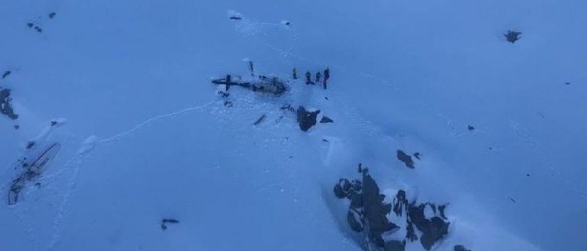 Varios esquiadores fallecen al chocar una avioneta y un helicóptero