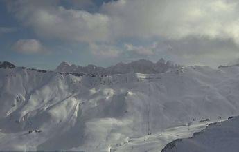 Primer fin de semana en mucho tiempo con nieve recién caida en las pistas de Aramon