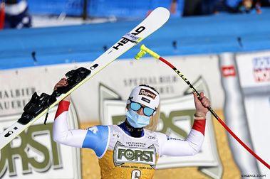 Lara Gut gana el primer Descenso de esquí alpino FIS en Val di Fassa