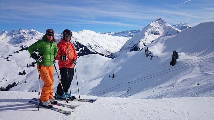 Gstaad y les diablerets dos joyas de los alpes suizos enamoradosdesuiza - Casas en los alpes suizos ...
