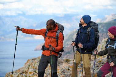 Softshell de montaña y trekking Trek 900