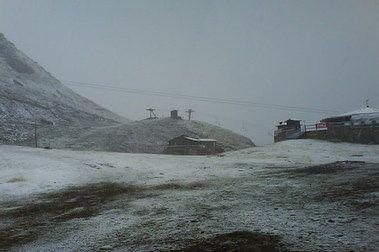 Ha nevado en Astún y Candanchú (Fotos 26/09/07)