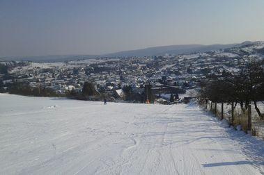 El forfait de temporada de esquí más barato del mundo está en... Austria!