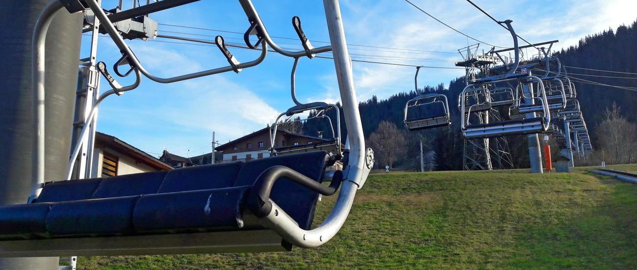 Francia abrirá las estaciones de esquí para Navidad... pero con los remontes parados!