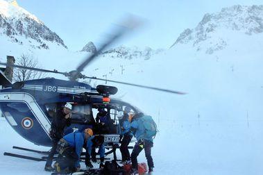 Fallece un esquiador en Luz Ardiden por una avalancha de nieve