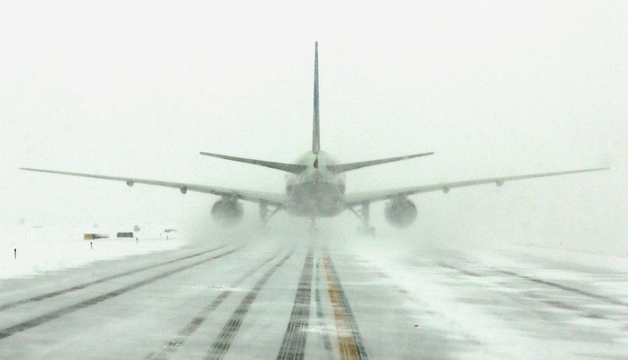 Avion en nieve