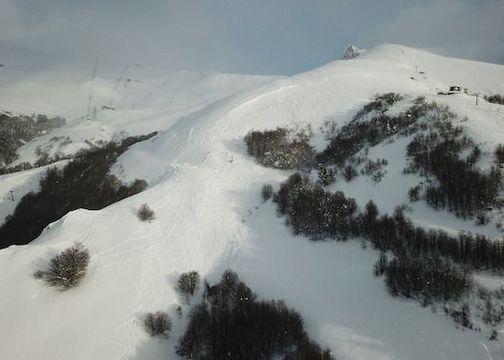 Jefe de Patrullas Fallece en Avalancha en Centro de Ski Catedral en Argentina