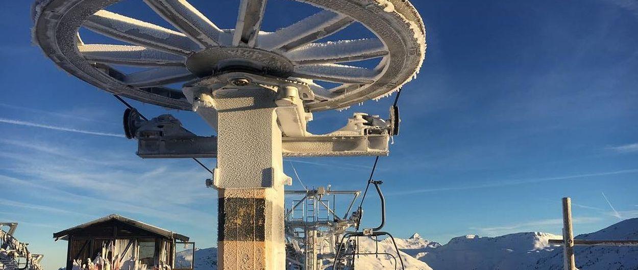 La DGA negocia un acuerdo para la apertura de la estación de esquí de Candanchú