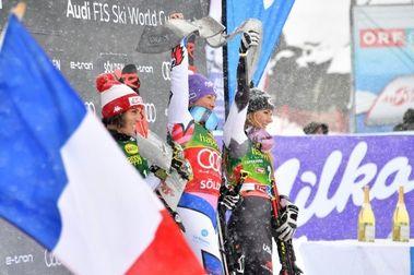 Tessa Worley gana el Gigante que abre la Copa del Mundo de esquí