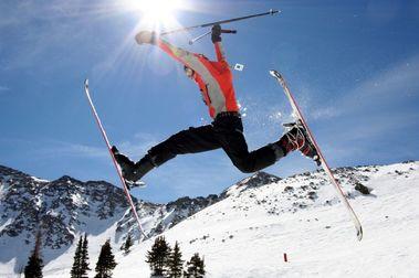 Los esquiadores tienen un menor riesgo de depresión y demencia