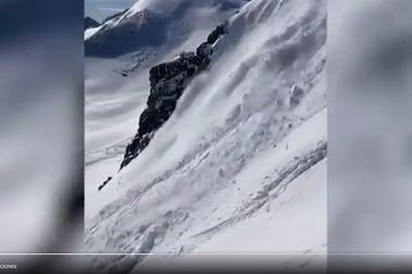 Un alud atrapa a un esquiador cerca de las pistas de Astún
