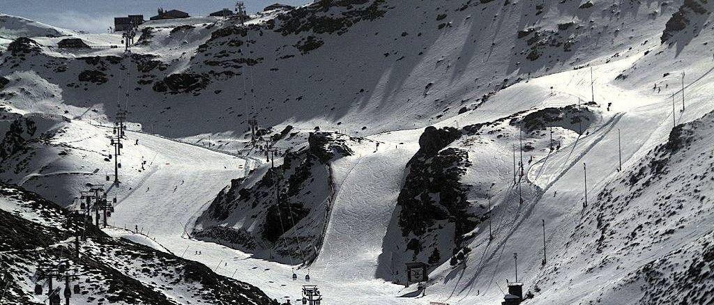Fallece un snowboarder en la estación de esquí de Sierra Nevada