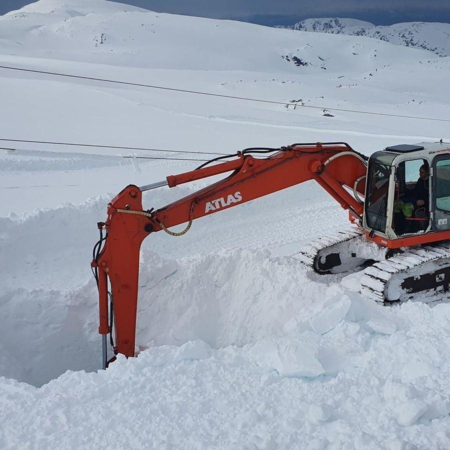 Excavacion en Fonna Glacier