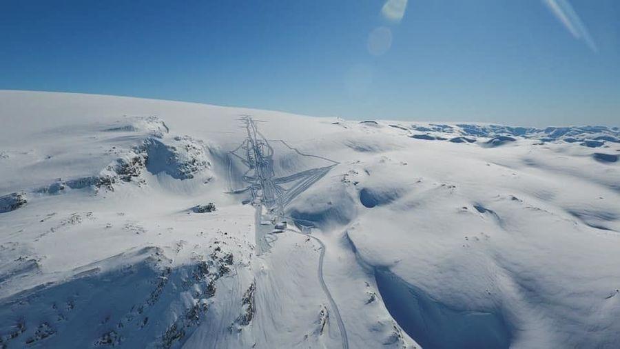 Fonna glacier ski