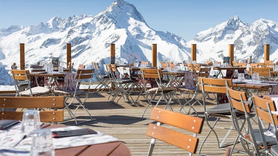 Terraza restaurante esqui