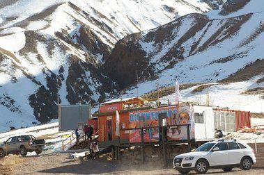 Penitentes y Los Puquios cierran por falta de nieve
