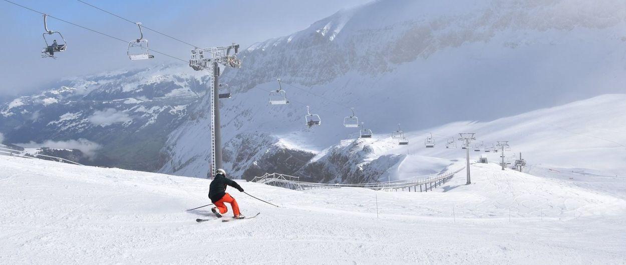 Glacier 3000 abre su temporada de esquí más temprana en más de 20 años