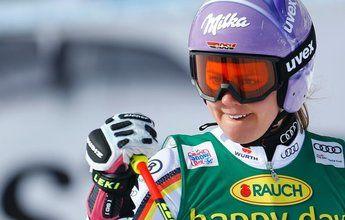 Viktoria Rebensburg se lleva la prueba inaugural de Soelden